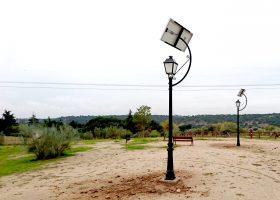 Farolas Solares en Las Rozas con módulos y luminarias LED de Zytech.